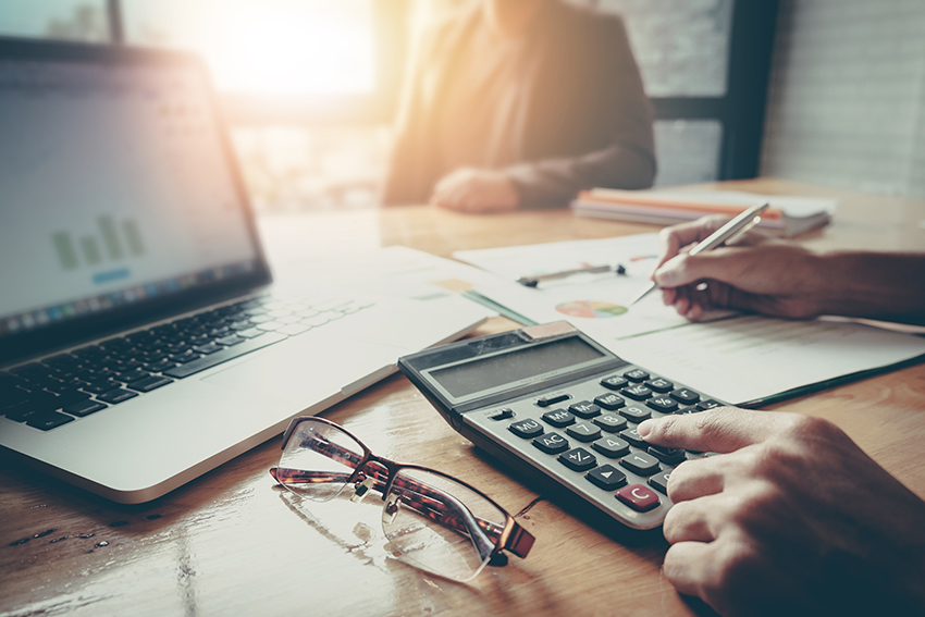 Tax and legal - accounting services for businesses