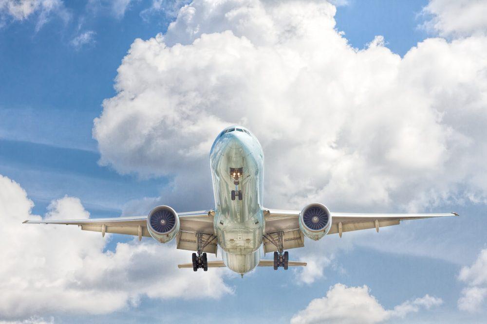 International travel to US airplane